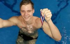 Šiaulietis Valdas Abalikšta, daugkartinis Lietuvos ir Europos prizininkas. Buvo pripažintas geriausiu 2015 metų Šiaulių miesto plaukiku.